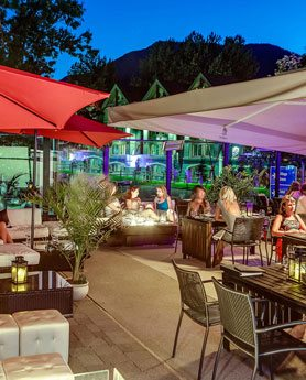 Bearfoot Bistro - Outdoor Lounge