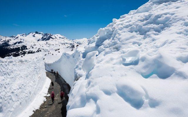 Snow_Walls