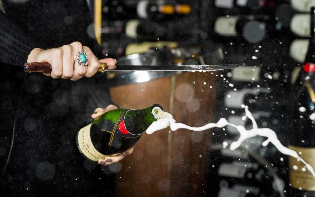 champagne_sabre