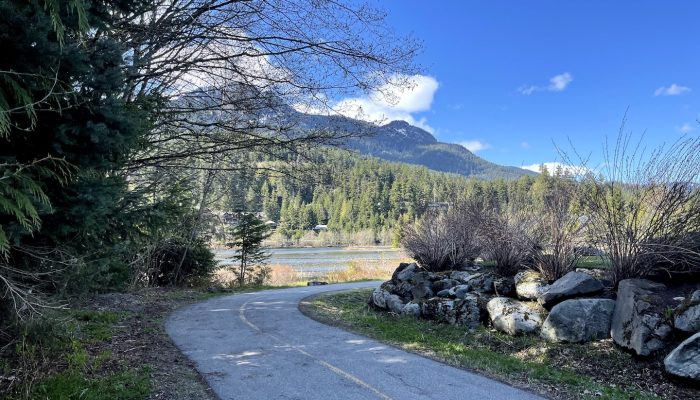 Whistler-Valley-By-BIke2